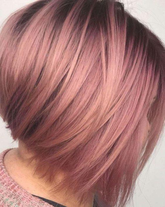 Pixie kurze erdbeerblonde Haare