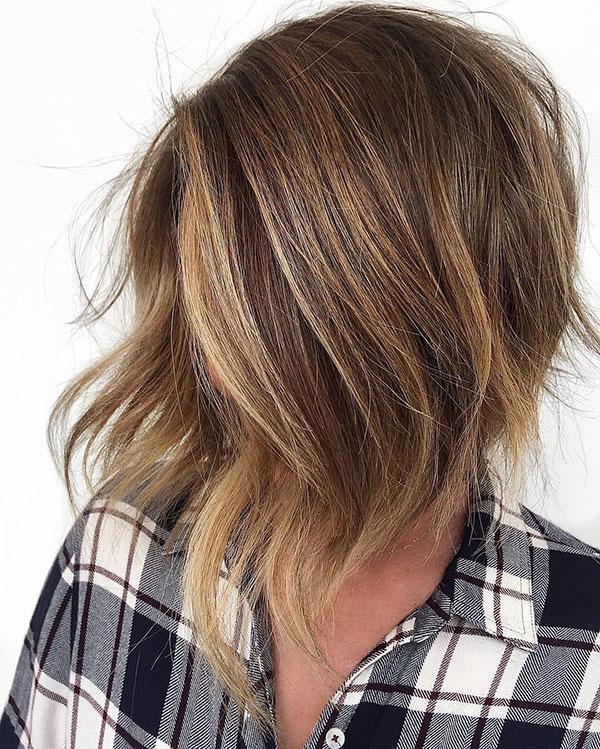 Fotos von kurzen Frisuren