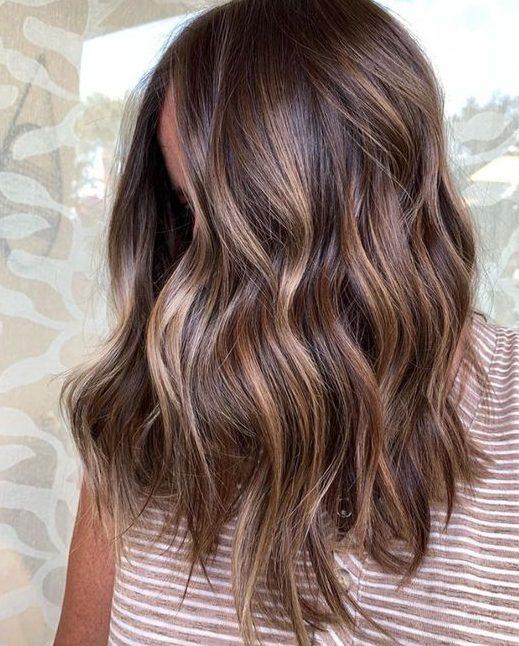 Sommer Haarfarbe für kurzes Haar