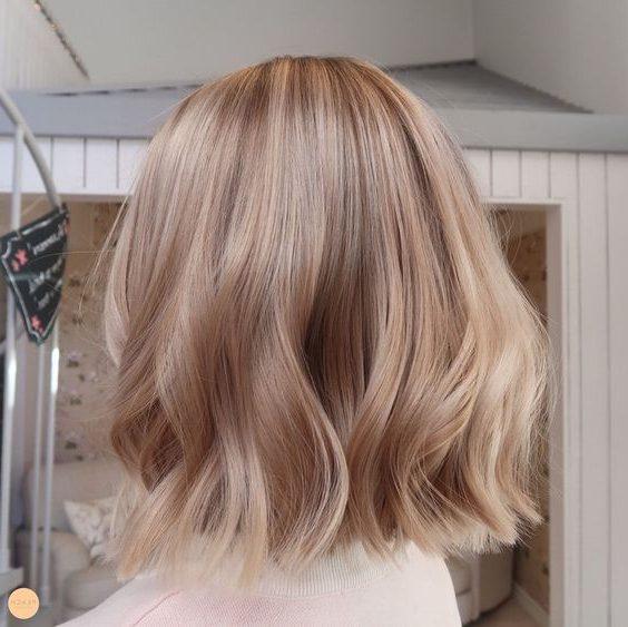 braune karamellbraune Haarfarbe