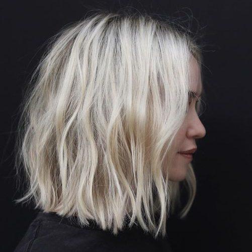 schulterlanges Haar