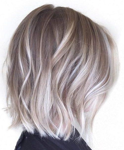 Pixie kurze graue Haare