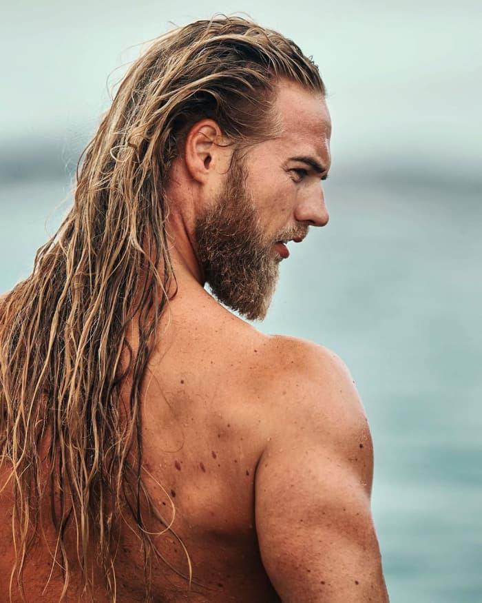 Die Surfer Messy Frisur