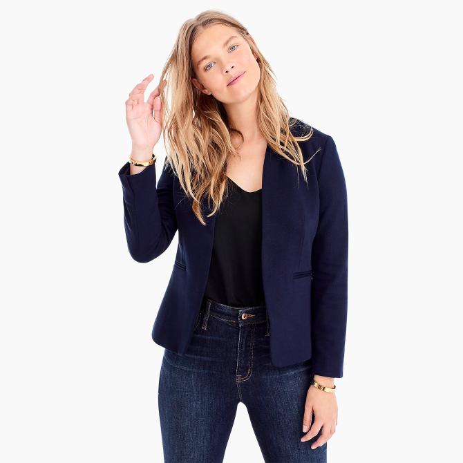 STYLECASTER | Beste Geschäfte für große Frauen