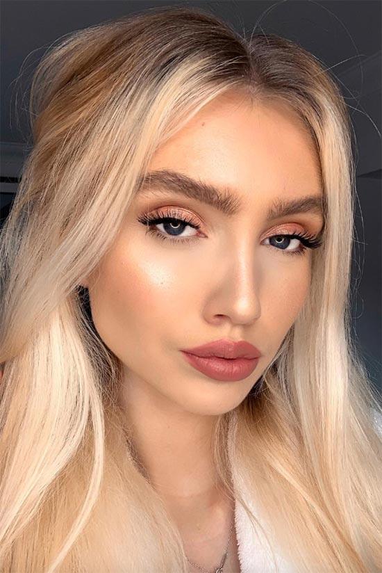 Liquid Eyeliner Makeup Tips