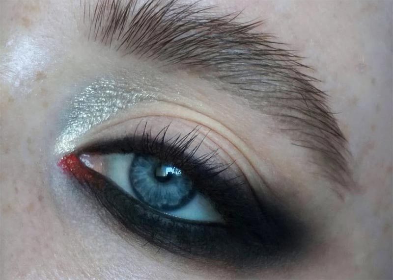 Pencil Eyeliner Makeup Hacks