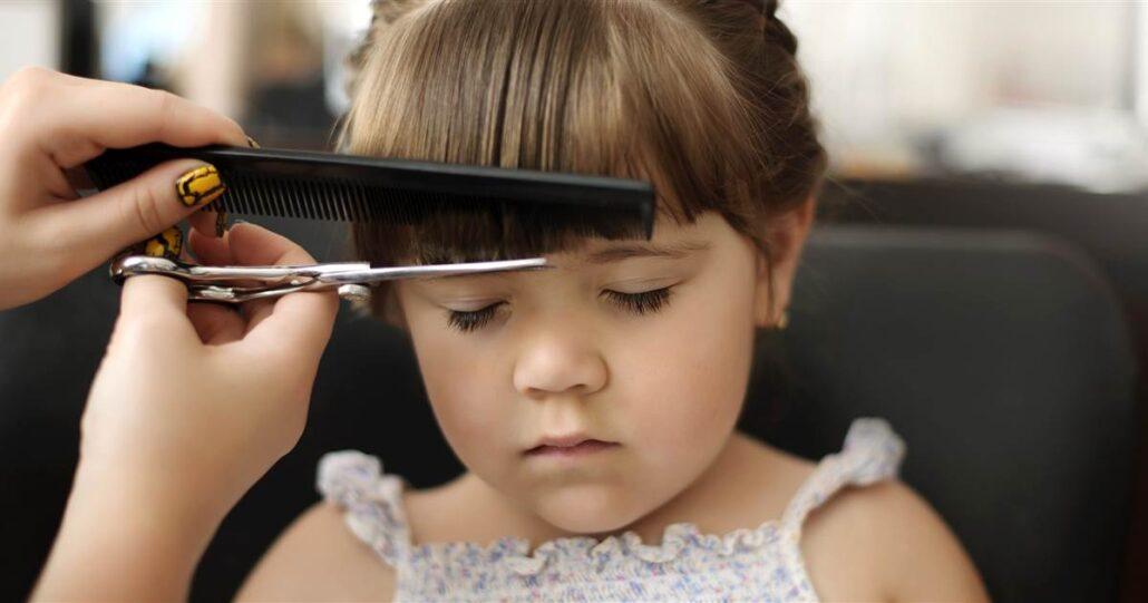 Wie oft sollten Sie Ihrem Kind einen Haarschnitt verpassen?