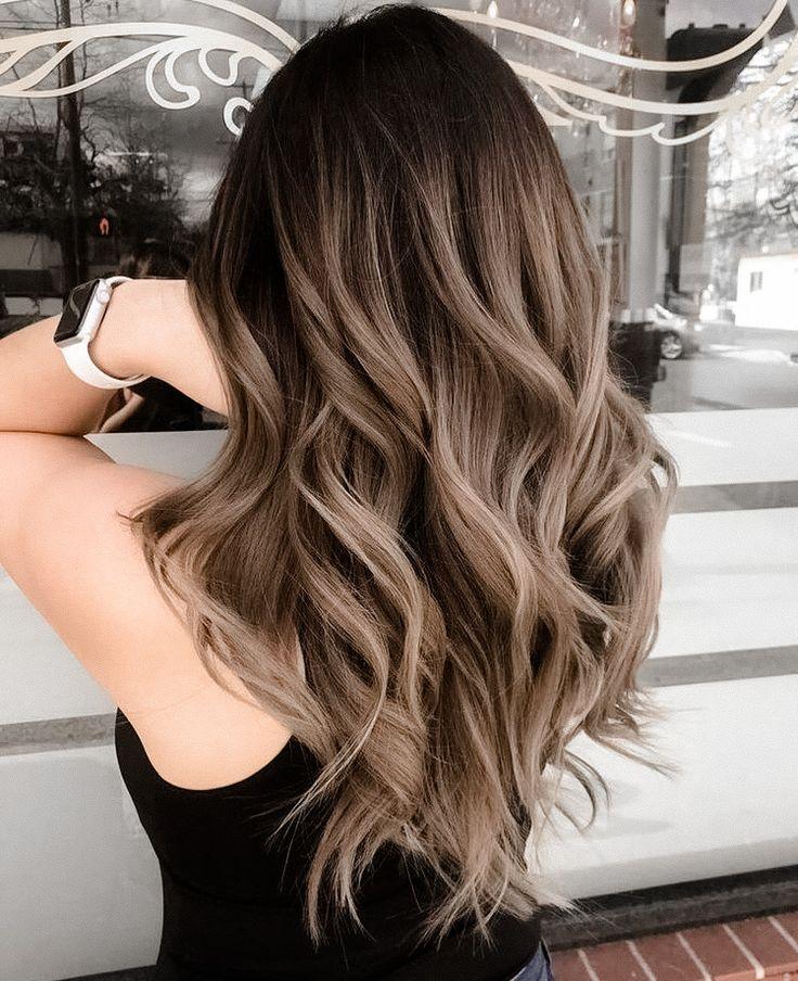 Braune Ombre-Haarfarben 2021-2022