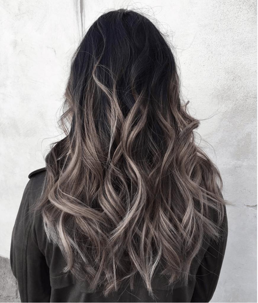 Braune Ombre-Haarfarben in 2021-2022