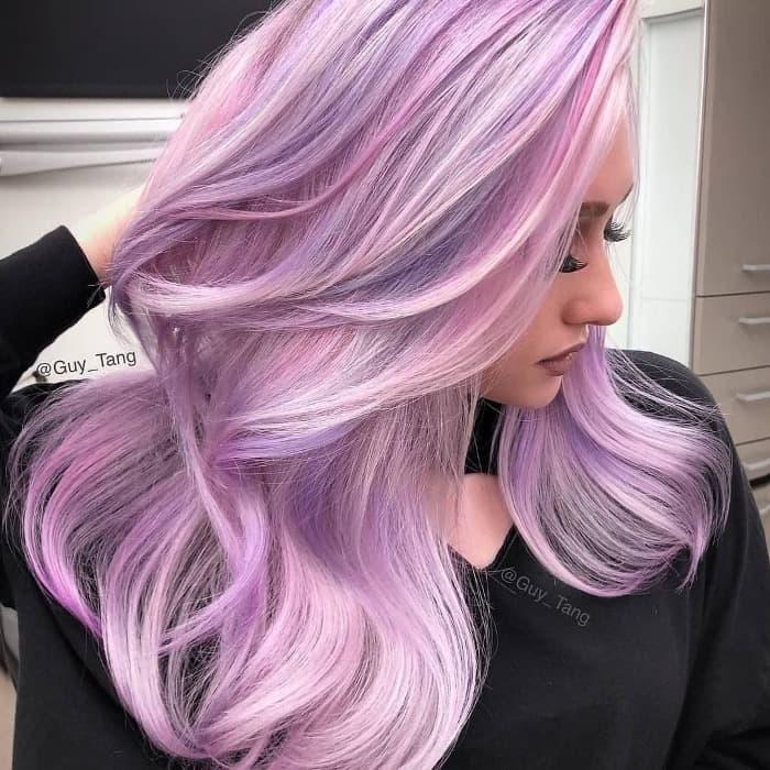 Lavendelrosa Haar