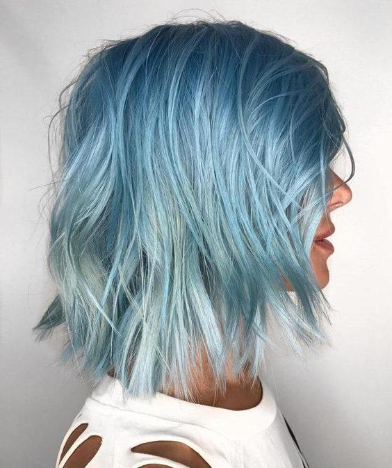 eisblaues Ombre kurzes Haar