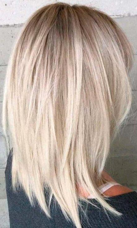 molliges Gesicht mittellange Haarschnitte