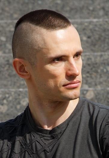 Berichterstattung an Duty Marine Haircut
