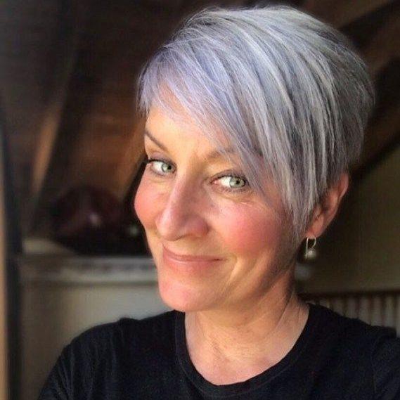 Ältere Frau 2019 dünnes Haar kurze Frisuren 2019