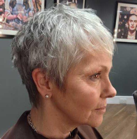 Bester Haarschnitt für älteres dünner werdendes Haar