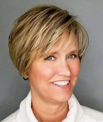 Kurzhaarfrisuren für über 50 feine Haare