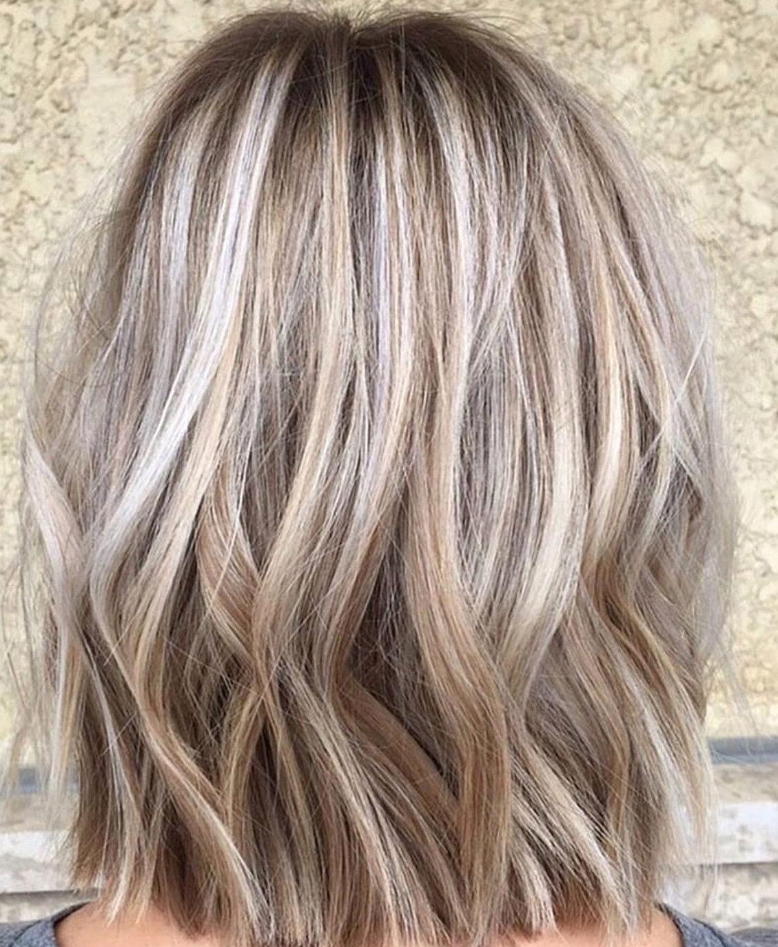 Dunkelblonde Haarfarben für kurze Haare