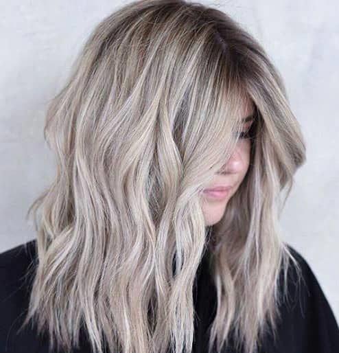 Aschblond für kurze Haare