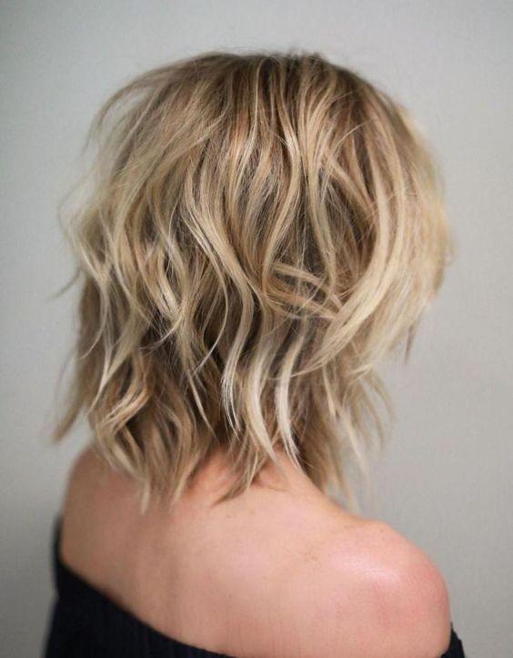 schulter zottelige haarschnitte