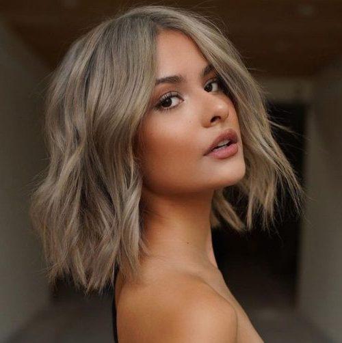 Ideen für einen mittleren Haarschnitt