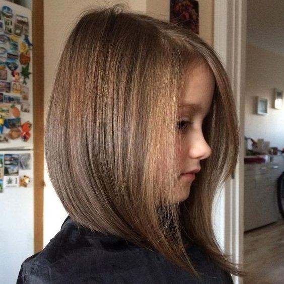 Mittlerer Haarschnitt