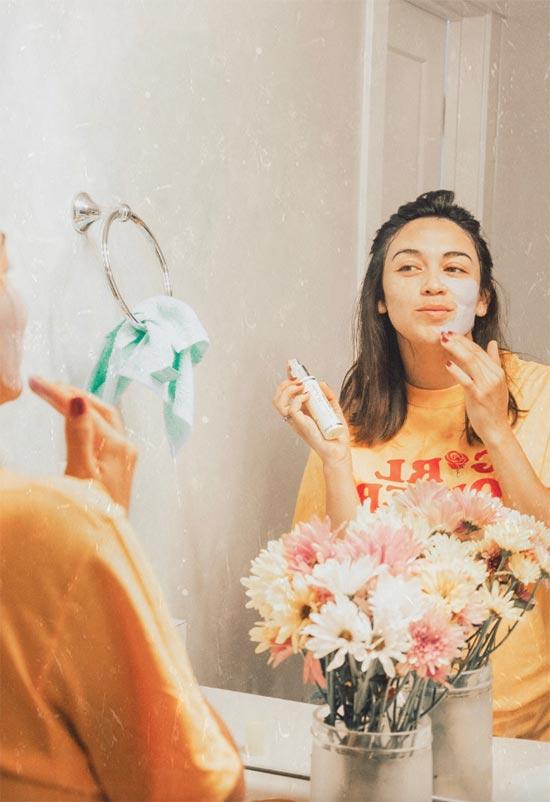 Ein paar DIY-Schlamm-Gesichtsmasken zum Ausprobieren