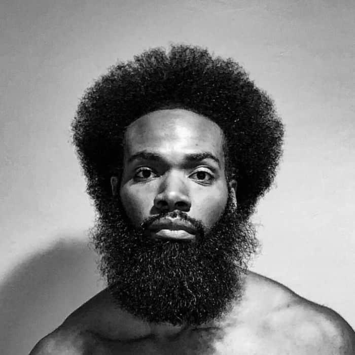 Top-Frisuren für Afro-strukturiertes Haar