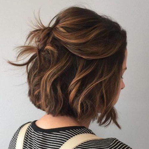 pflegeleichte kinnlange Haarschnitte