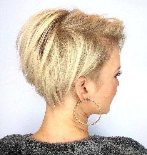 geschichtete Kurzhaarfrisuren für feines Haar