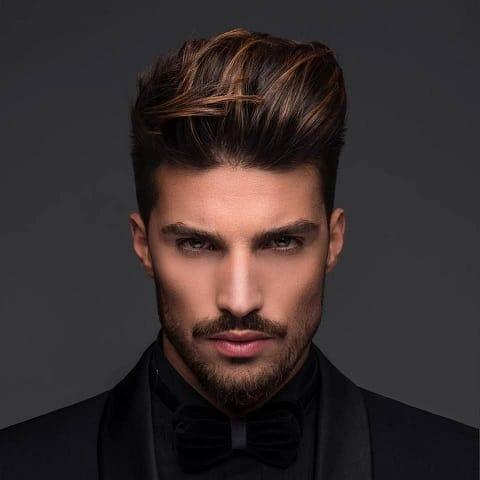Der kupferbraun gefärbte Haarschnitt für Männer