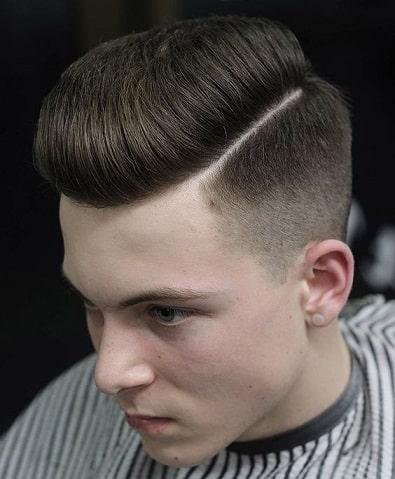 Pompadour-Frisur