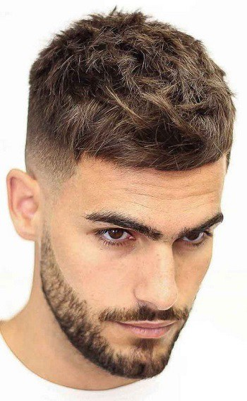Französischer Crop-Haarschnitt