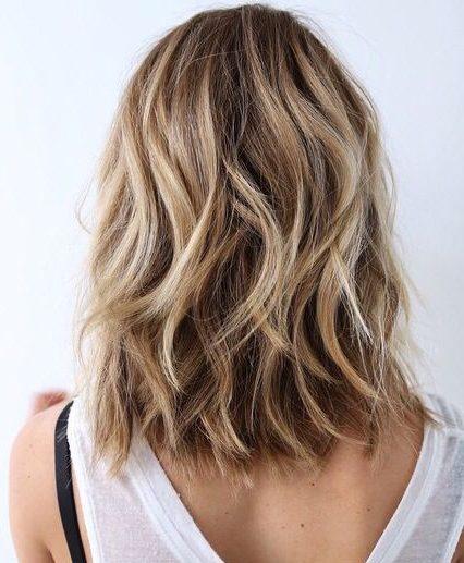 braunes schmutziges blondes haar
