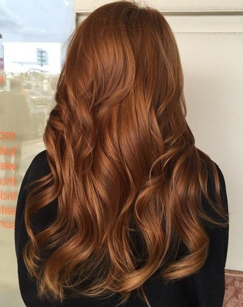 mittellanges kupferfarbenes Ombre-Haar