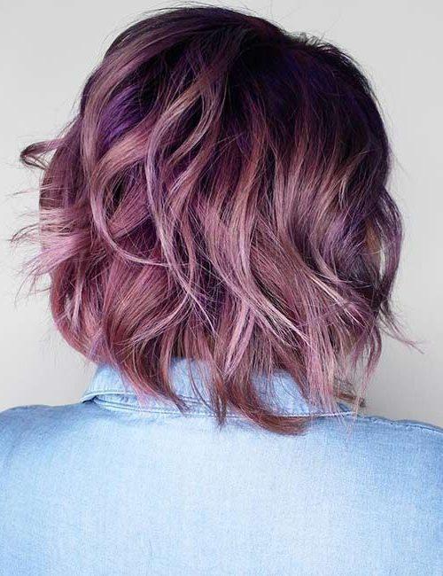 violette kurze lila Haare