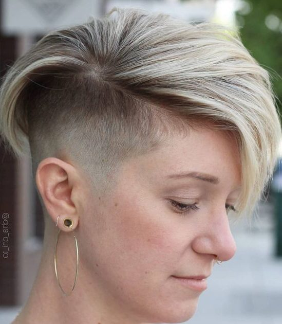 Undercut Pixie für dünnes Haar
