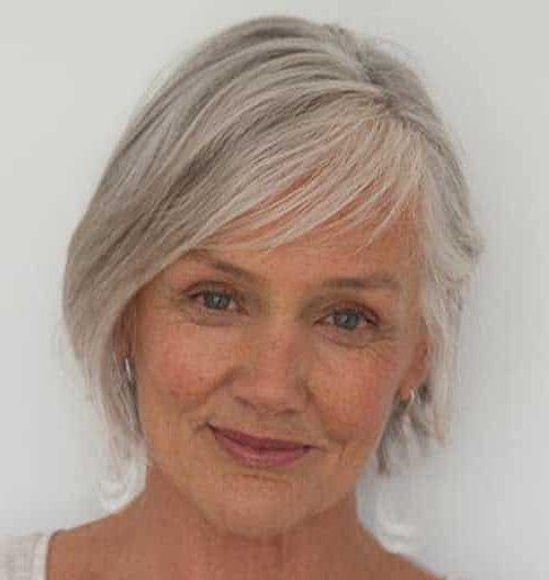 Pflegeleichte Frisuren für Senioren mit dünnem Haar