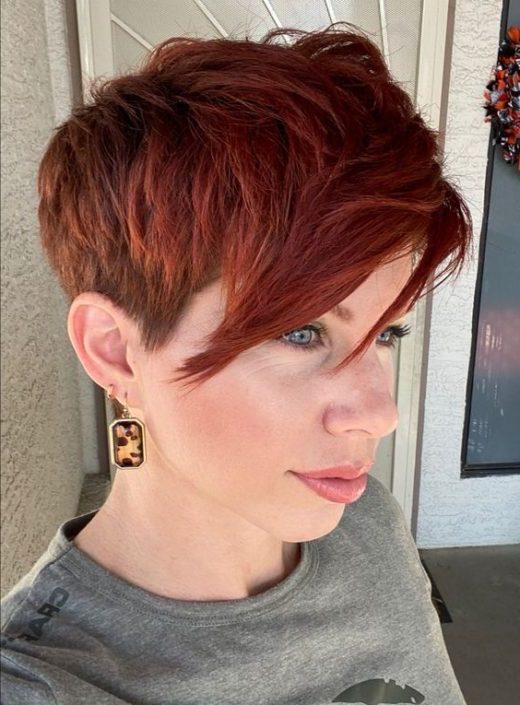 Pixie kurze rote Haare