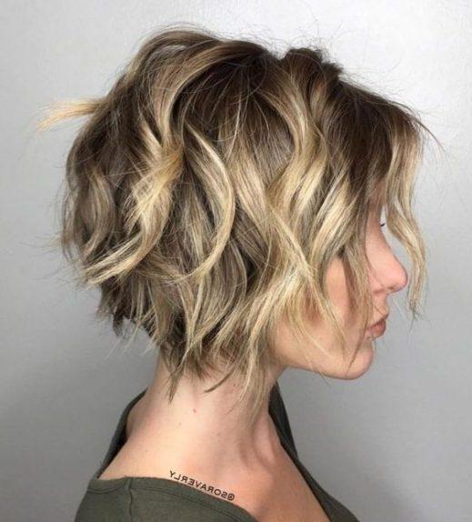 aschblondes Haar
