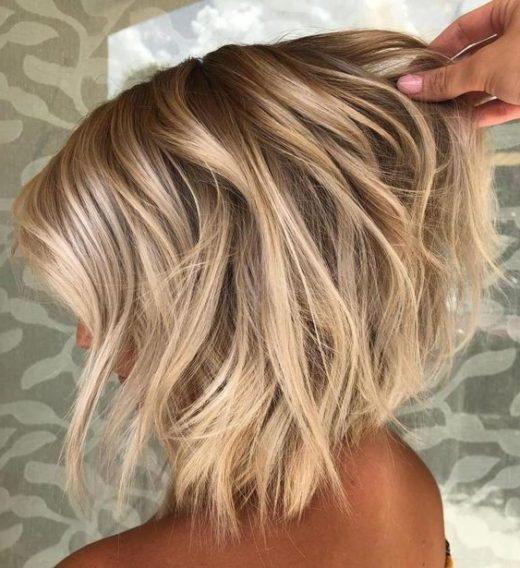 blonde kurze frisuren