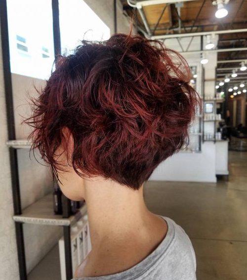 feine Haarkeil-Haarschnitte für über 60