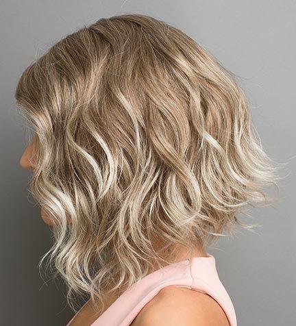 lockere kurze haarlocken
