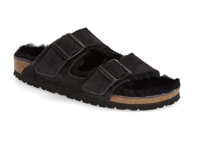 Sandale Arizona aus echtem Lammfell in Schwarz