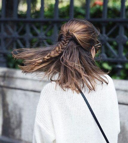 kurze dunkle frisuren
