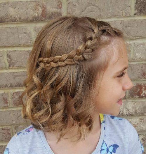 Zöpfe für Babys mit kurzen Haaren
