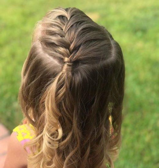 Einfache Frisuren für Kinder Schritt für Schritt