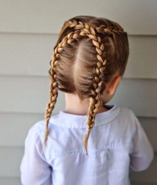 Haarschnitte für kleine Mädchen für dickes, welliges Haar
