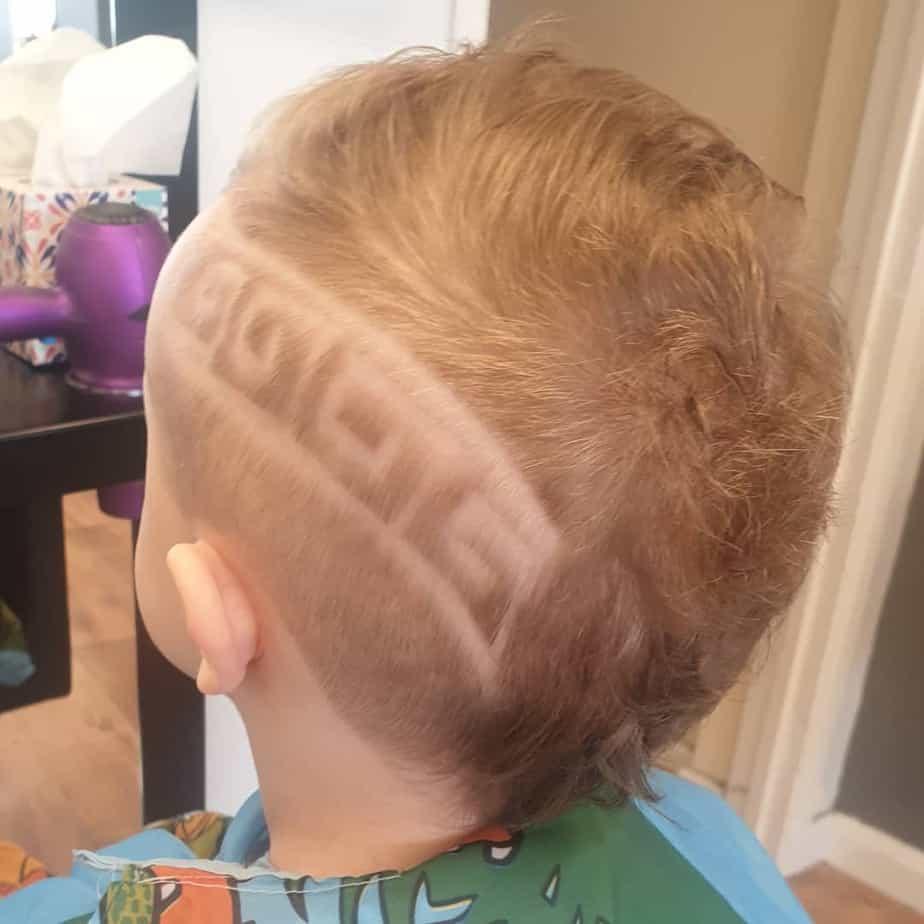 kleiner-jungen-haarschnitte-2022