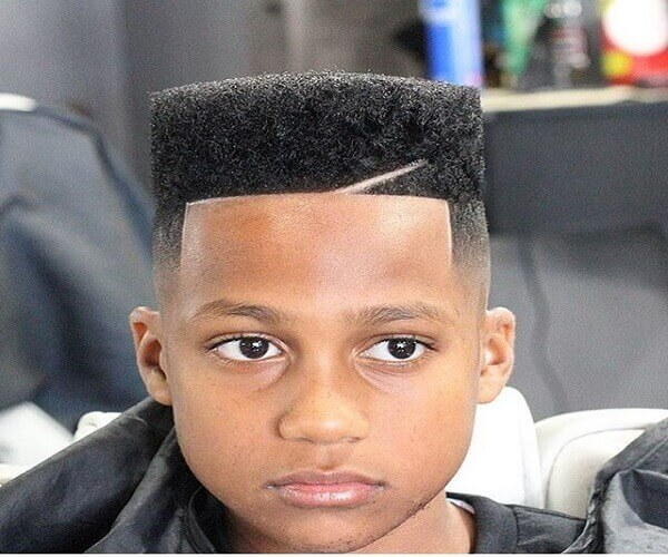 Flacher Haarschnitt