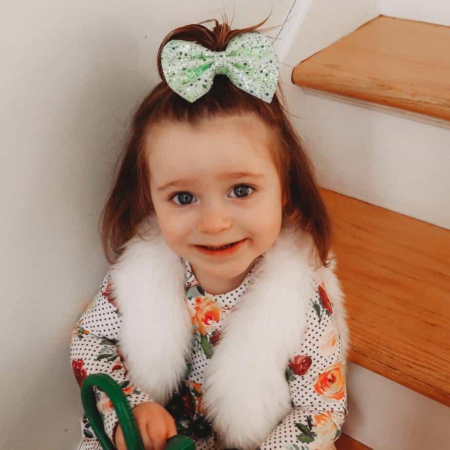 Frisuren für Mädchen 2022 für Kinder im Alter von 2 – 3 Jahren